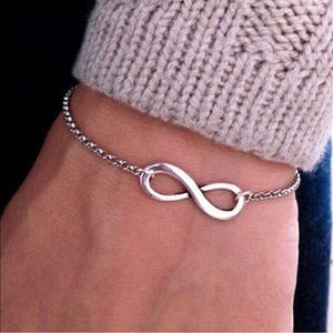 Jewelry - Woman's infinity bracelet